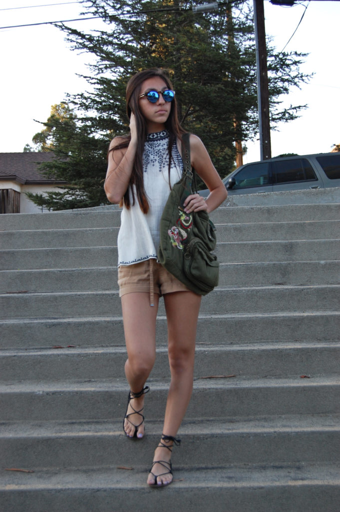 White UO top & tan H&M shorts stairs