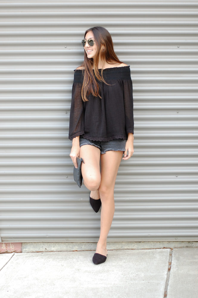 Black off the shoulder shorts leg
