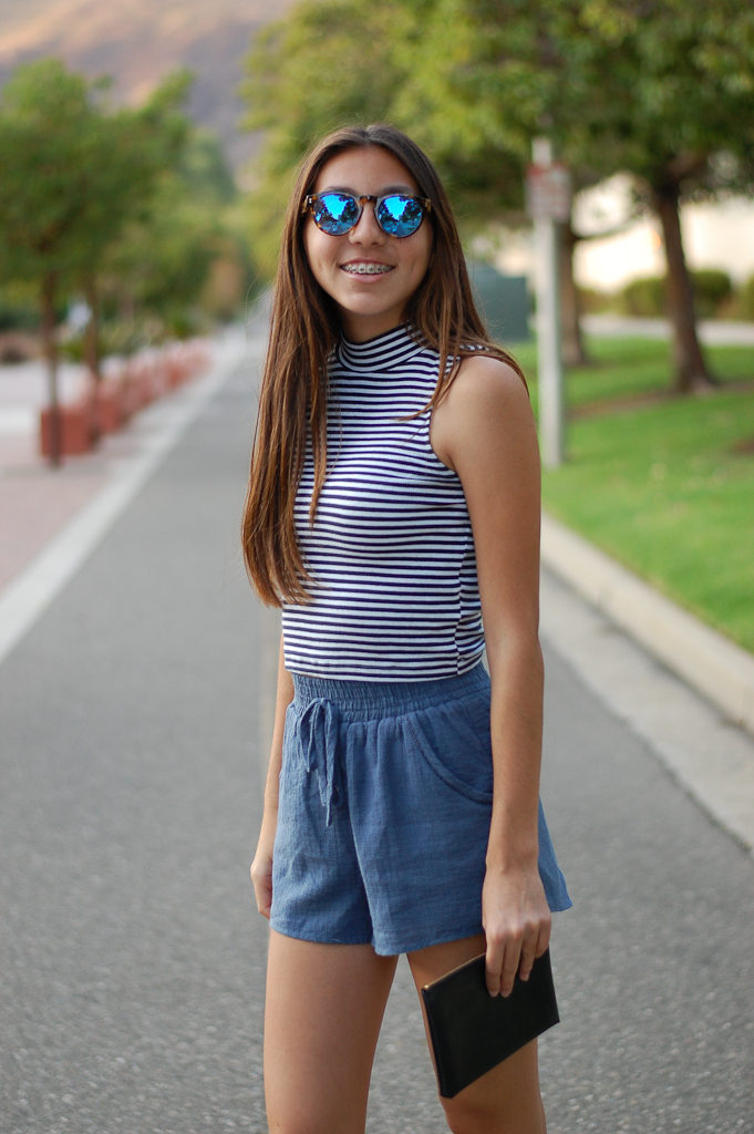Striped crop top blue shorts close