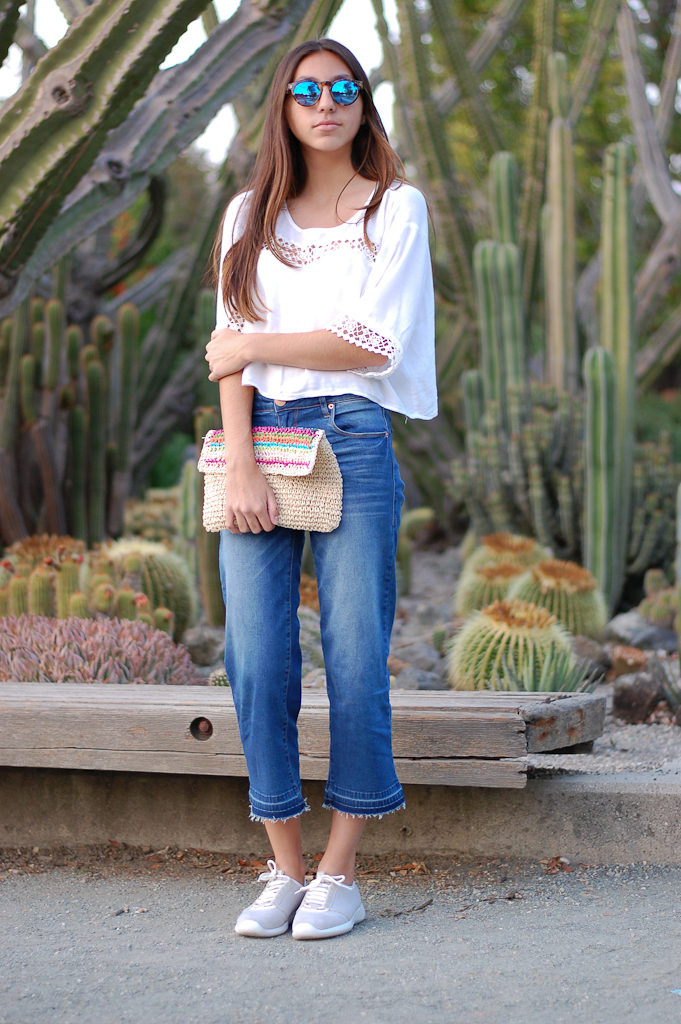 White crop top cropped jeans front