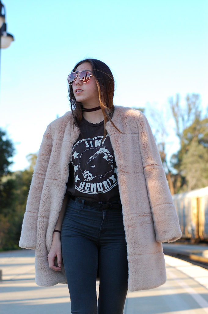 Jimi Hendrix tee Furry coat half walk