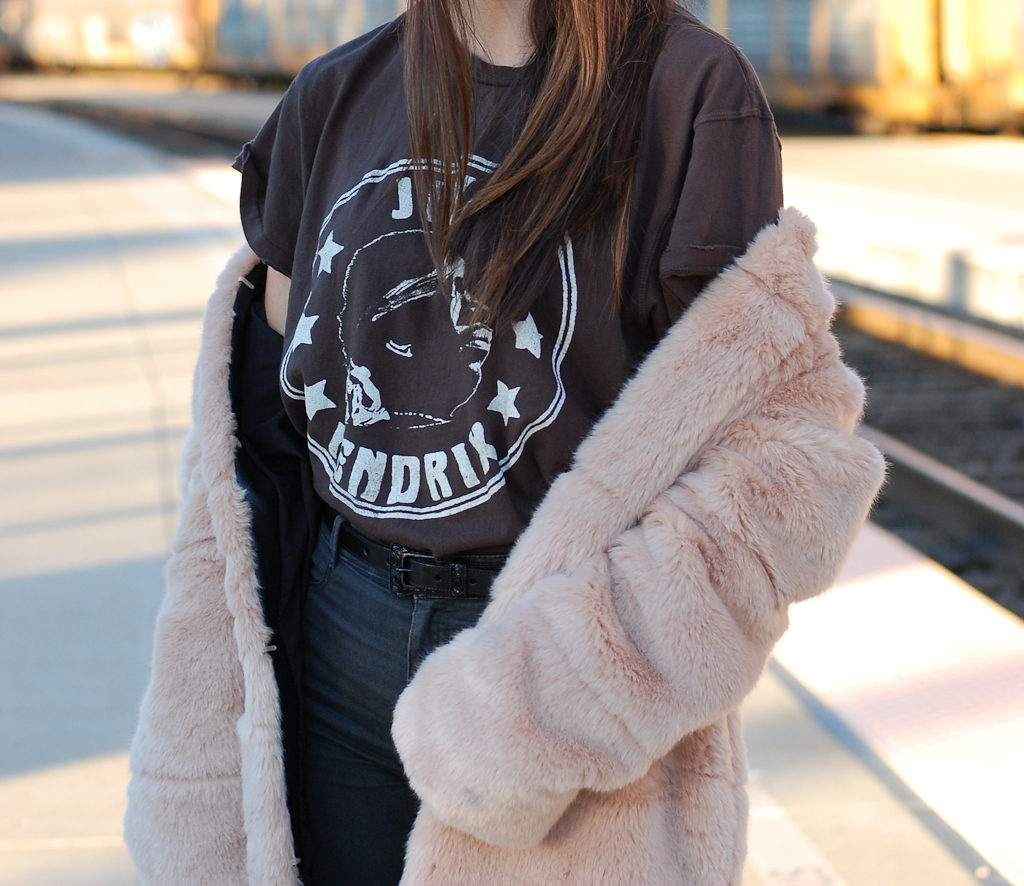Jimi Hendrix tee Furry coat middle